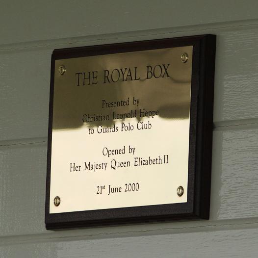 royal box plaque